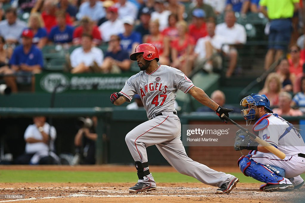 <a gi-track='captionPersonalityLinkClicked' href=/galleries/search?phrase=Howie+Kendrick&family=editorial&specificpeople=628938 ng-click='$event.stopPropagation()'>Howie Kendrick</a> #47 of the Los Angeles Angels at Rangers Ballpark in Arlington on July 31, 2013 in Arlington, Texas.