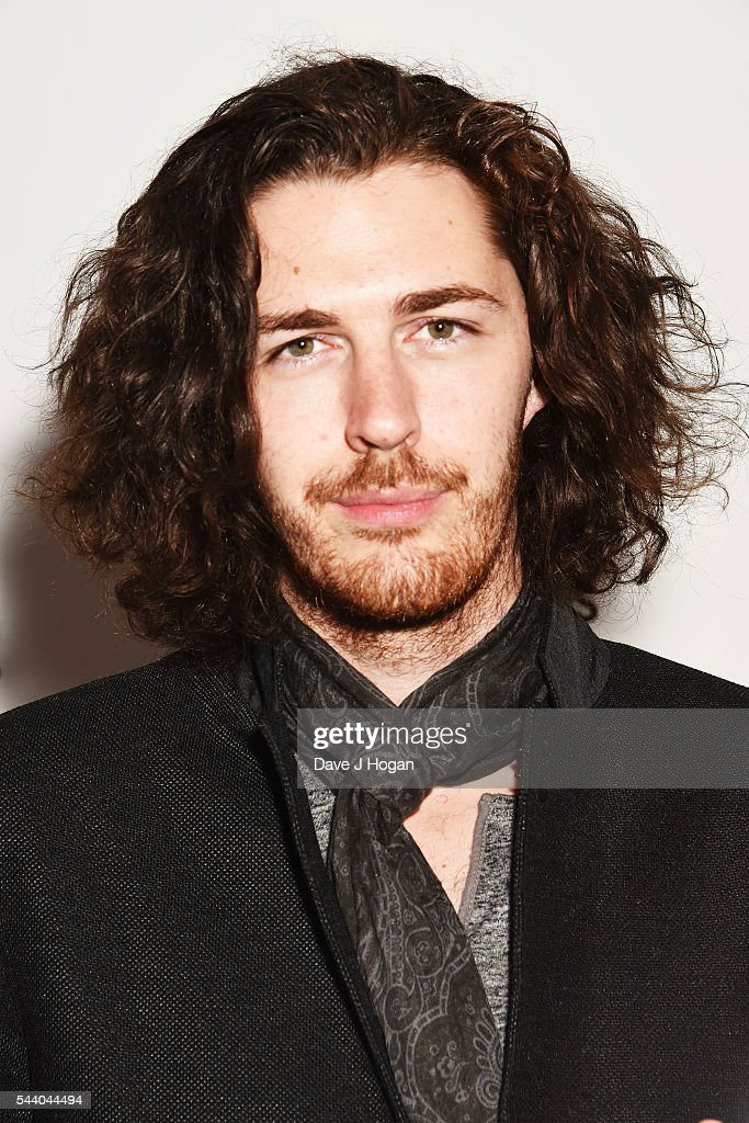 <a gi-track='captionPersonalityLinkClicked' href=/galleries/search?phrase=Hozier&family=editorial&specificpeople=1868607 ng-click='$event.stopPropagation()'>Hozier</a> poses with the Raymond Weil International Award during the Nordoff Robbins O2 Silver Clef Awards on July 1, 2016 in London, United Kingdom.