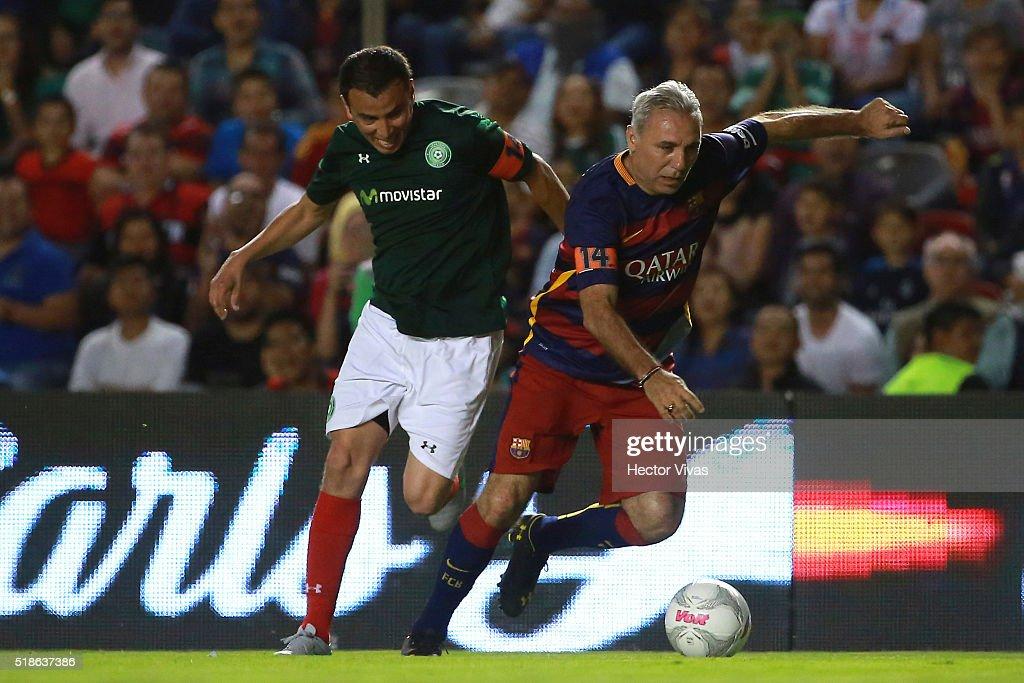 Soccer Match Legends - Leyendas de Mexico v FCB Legends