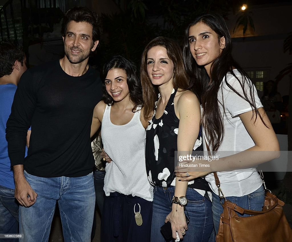 Hrithik Roshan, Ambika Hinduja, Suzzane Roshan and Pragya at Special preview of Otlo Design project hosted by Belvedere Vodka at Bhavishyavani Backyard, Bandra on March 11, 2013 in Mumbai, India.
