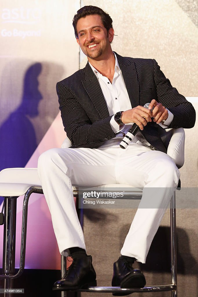<a gi-track='captionPersonalityLinkClicked' href=/galleries/search?phrase=Hrithik+Roshan&family=editorial&specificpeople=234615 ng-click='$event.stopPropagation()'>Hrithik Roshan</a> attends the IIFA 2015 press conference held at Grand Hyatt on May 28, 2015 in Mumbai, India.