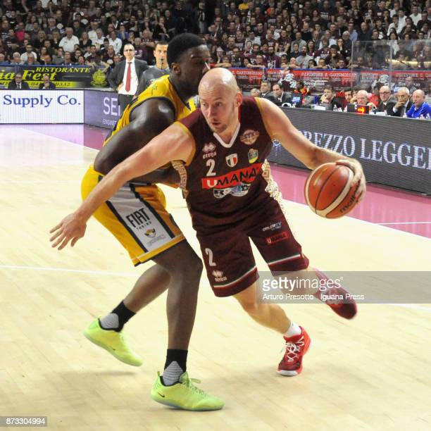 Hrvoje Peric of Umana competes with Lamar Patterson of Fiat during the LBA LegaBasket of Serie A match between Reyer Umana Venezia and Auxilium Fiat...