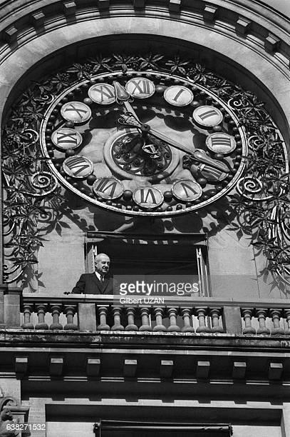 Hubert BeuveMéry fondateur du quotidien 'Le Monde' au siège du journal à Paris France en décembre 1978