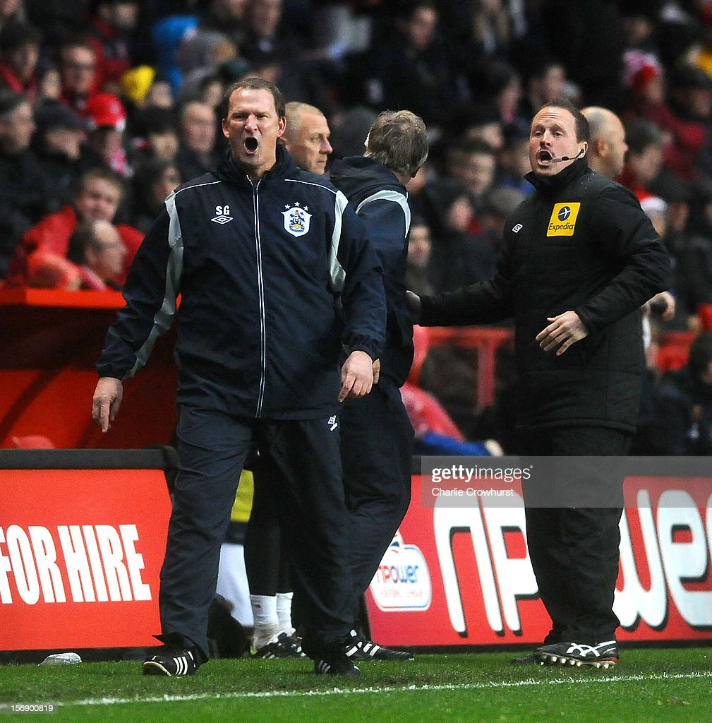 Huddersfield manager <a gi-track='captionPersonalityLinkClicked' href=/galleries/search?phrase=Simon+Grayson&family=editorial&specificpeople=2595100 ng-click='$event.stopPropagation()'>Simon Grayson</a> reacts after Kieth Sourthern is sent off during the npower Championship match between Charlton Athletic and Huddersfield Town at The Valley on November 24, 2012 in London, England.
