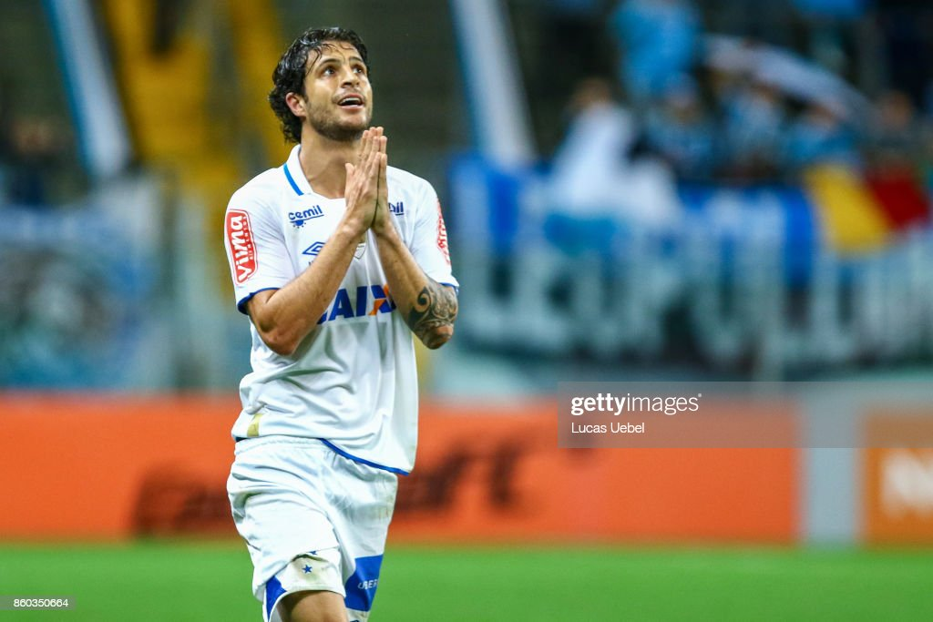 Hudson of Cruzeiro during the match Gremio v Cruzeiro as part of Brasileirao Series A 2017, at Arena do Gremio on October 11, 2017, in Porto Alegre, Brazil.