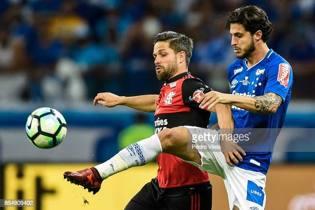 Hudson of Cruzeiro struggles for the ball with Diego of Flamengo during a match between Cruzeiro and Flamengo as part of Copa do Brasil Final 2017 at...