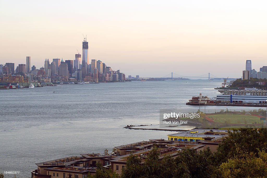Hudson River between NY and NJ : Stock Photo