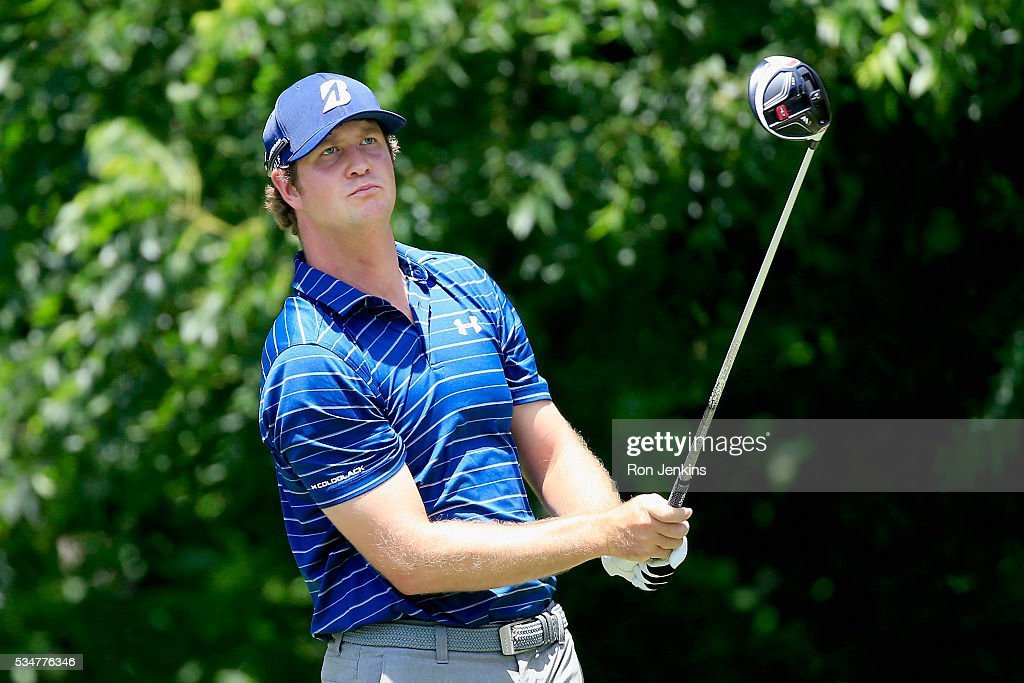 Hudson Swafford plays his shot from the sixth tee during the Second Round of the DEAN & DELUCA Invitational at Colonial Country Club on May 27, 2016 in Fort Worth, Texas.
