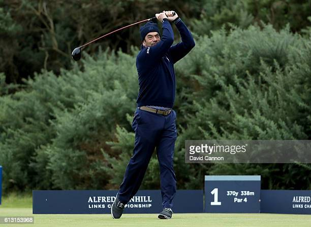 Huey Lewis the American singer on the first tee during the second round of the Alfred Dunhill Links Championship on the Golf Links course Kingsbarns...