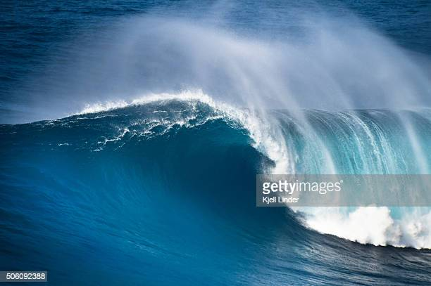 Huge ocean wave breaking on the North Shore of Maui