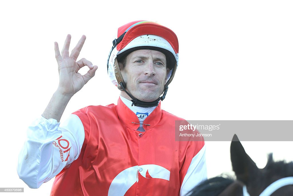 <a gi-track='captionPersonalityLinkClicked' href=/galleries/search?phrase=Hugh+Bowman&family=editorial&specificpeople=2529926 ng-click='$event.stopPropagation()'>Hugh Bowman</a> rides Target In Sight during Sydney Racing at Royal Randwick Racecourse on August 9, 2014 in Sydney, Australia.