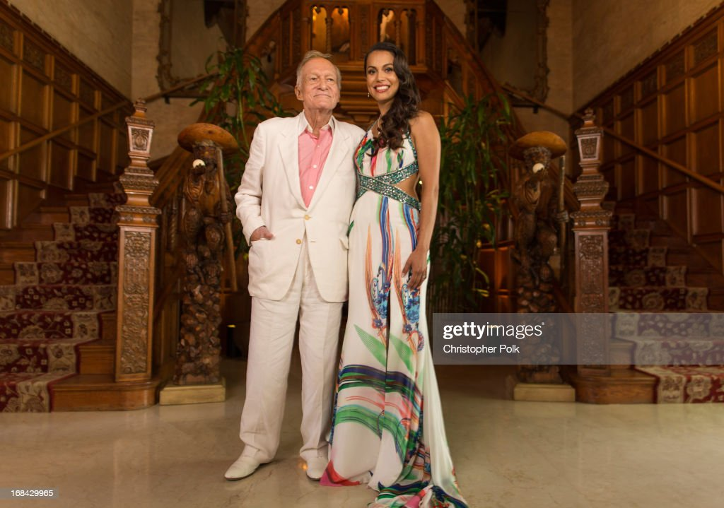 <a gi-track='captionPersonalityLinkClicked' href=/galleries/search?phrase=Hugh+Hefner&family=editorial&specificpeople=202106 ng-click='$event.stopPropagation()'>Hugh Hefner</a> (L) and 2013 Playmate Of The Year Raquel Pomplun pose for a portrait during Playboy's 2013 Playmate Of The Year luncheon at The Playboy Mansion on May 9, 2013 in Holmby Hills, California.