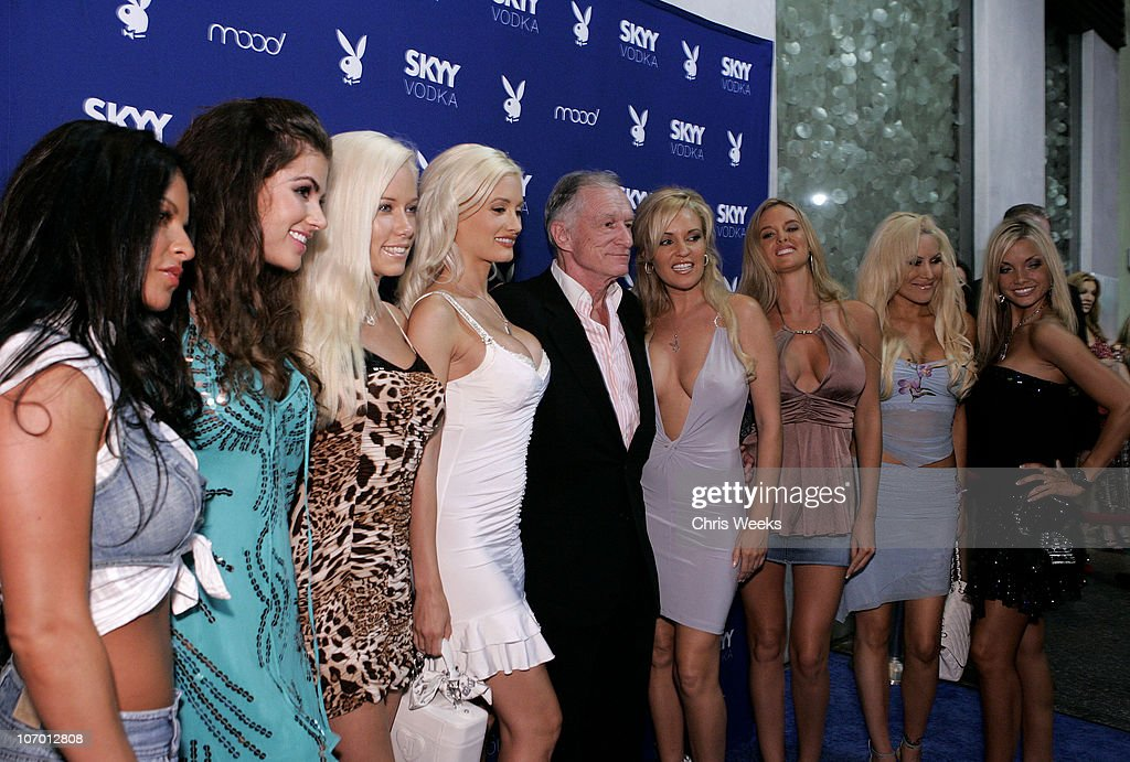 <a gi-track='captionPersonalityLinkClicked' href=/galleries/search?phrase=Hugh+Hefner&family=editorial&specificpeople=202106 ng-click='$event.stopPropagation()'>Hugh Hefner</a> (center) and Playboy Playmates during Skyy Vodka Celebrates Playboy's August Issue With Playmate of the Year Kara Monaco - Red Carpet at Mood in Hollywood, California, United States.