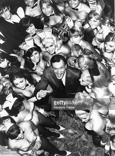 Hugh Hefner The Director Of The PlayBoy Newspaper And Club Pictured Surrounded By 50 Bunnies On June 27 1966 They Were To Work At His New Club In...