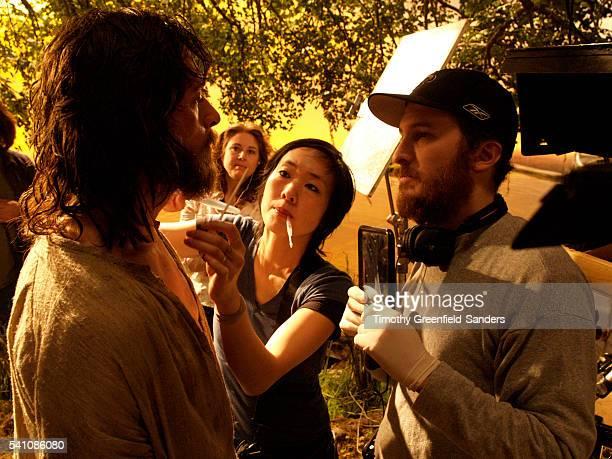 Hugh Jackman and Darren Aronofsky on the set of The Fountain