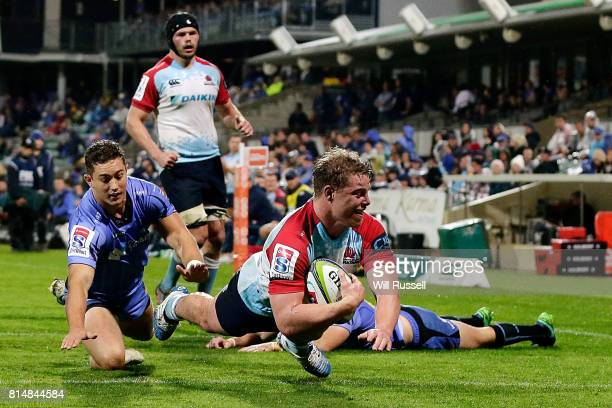 Hugh Roach of the Waratahs scores a try during the round 17 Super Rugby match between the Force and the Waratahs at nib Stadium on July 15 2017 in...