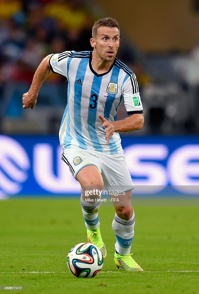 Hugo Campagnaro of Argentina in action during the 2014 FIFA World Cup Brazil Group F match between Argentina and Bosnia-Herzegovina at Maracana on June 15, 2014 in Rio de Janeiro, Brazil.