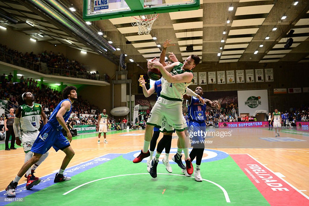 Hugo Invernizzi of Nanterre battles for possession during the basketball French Pro A League match between Nanterre and Paris Levallois on May 5, 2016 in Nanterre, France.