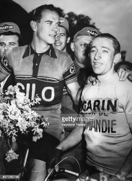 Hugo Koblet deuxième et Wout Wagtmans premier à l'arrivée du Tour de Romandie 1952 à Zurich Suisse le 22 avril 1952