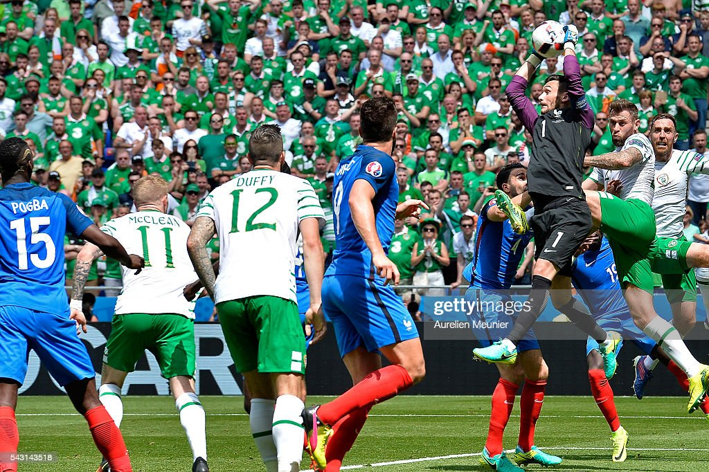<a gi-track='captionPersonalityLinkClicked' href=/galleries/search?phrase=Hugo+Lloris&family=editorial&specificpeople=2501893 ng-click='$event.stopPropagation()'>Hugo Lloris</a> of France catches the ball during the UEFA Euro 2016 round of 16 match between France and the Republic of Ireland at Stade des Lumieres on June 26, 2016 in Lyon, France.
