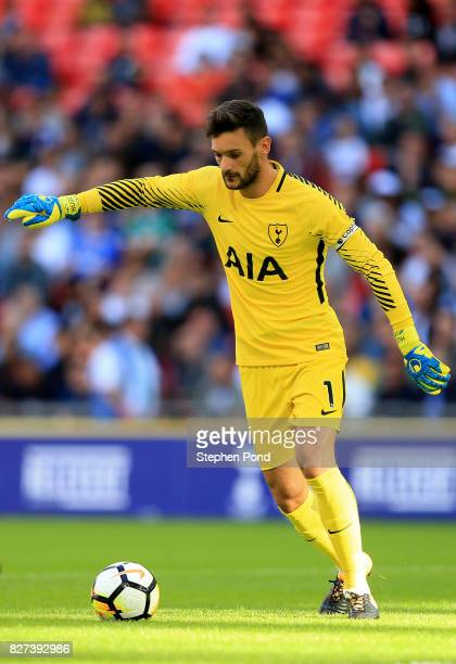 Hugo Lloris of Tottenham Hotspur during the PreSeason Friendly match between Tottenham Hotspur and Juventus on August 5 2017 in London England