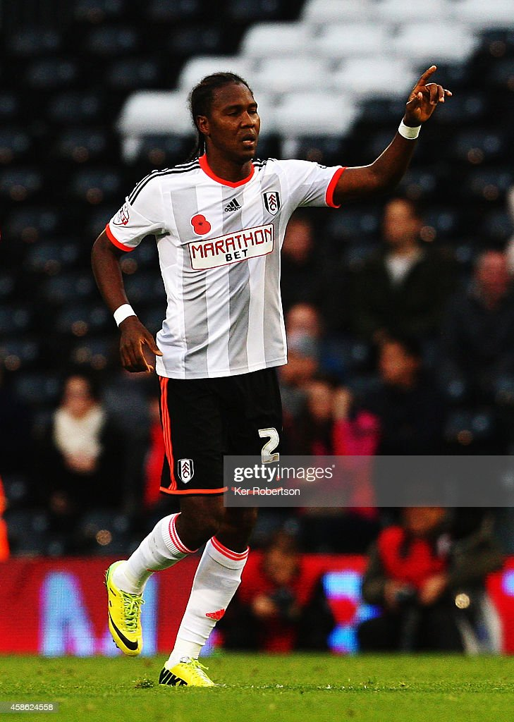 <a gi-track='captionPersonalityLinkClicked' href=/galleries/search?phrase=Hugo+Rodallega&family=editorial&specificpeople=597054 ng-click='$event.stopPropagation()'>Hugo Rodallega</a> of Fulham celebrates scoring during the Sky Bet Championship match between Fulham and Huddersfield Town at Craven Cottage on November 8, 2014 in London, England.