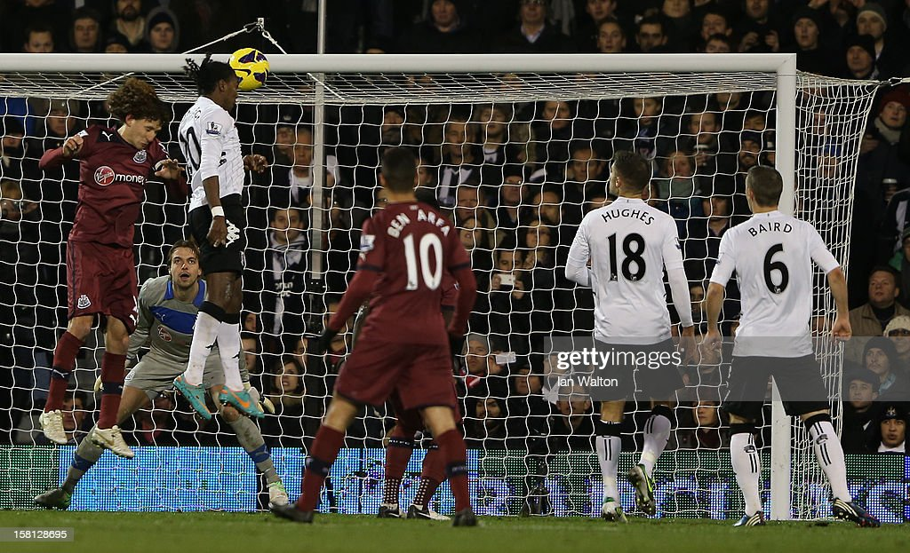 <a gi-track='captionPersonalityLinkClicked' href=/galleries/search?phrase=Hugo+Rodallega&family=editorial&specificpeople=597054 ng-click='$event.stopPropagation()'>Hugo Rodallega</a> of Fulham heads in their second goal during the Barclays Premier League match between Fulham and Newcastle United at Craven Cottage on December 10, 2012 in London, England.
