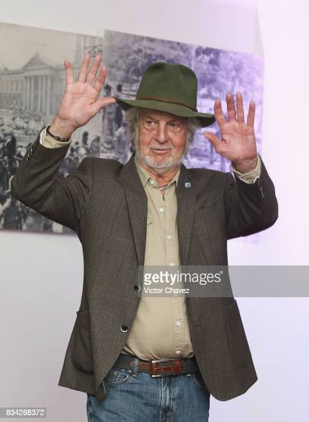 Hugo Stiglitz attends a press conference and photocall to promote the film 'El Complot Mongol' at Club de Periodistas de Mexico on August 17 2017 in...