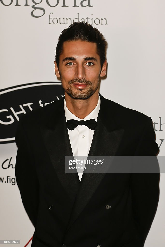 <a gi-track='captionPersonalityLinkClicked' href=/galleries/search?phrase=Hugo+Taylor&family=editorial&specificpeople=5593226 ng-click='$event.stopPropagation()'>Hugo Taylor</a> arrives at The Noble Gift Gala held at ME Hotel on December 8, 2012 in London, England.