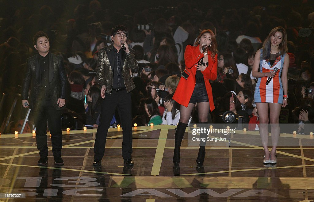 <a gi-track='captionPersonalityLinkClicked' href=/galleries/search?phrase=Huh+Gak&family=editorial&specificpeople=7409904 ng-click='$event.stopPropagation()'>Huh Gak</a>, Shin Seung-Jun, Ailee and Lim Kim perform onstage during the MelOn Music Awards at Olympic Gymnasium on November 14, 2013 in Seoul, South Korea.