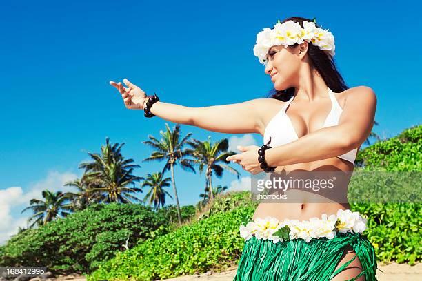Hula-Tänzer am Strand