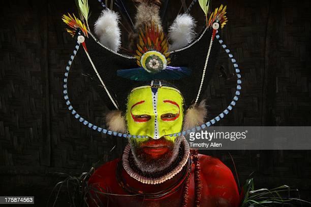 Huli tribal wigman in a village
