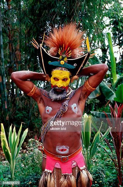 Huli wigman Papua New Guinea Tari Huli Highlands