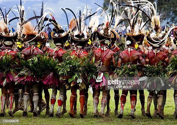 Hulis warriors dance during a singsing in Mount Hagen Papua New Guinea