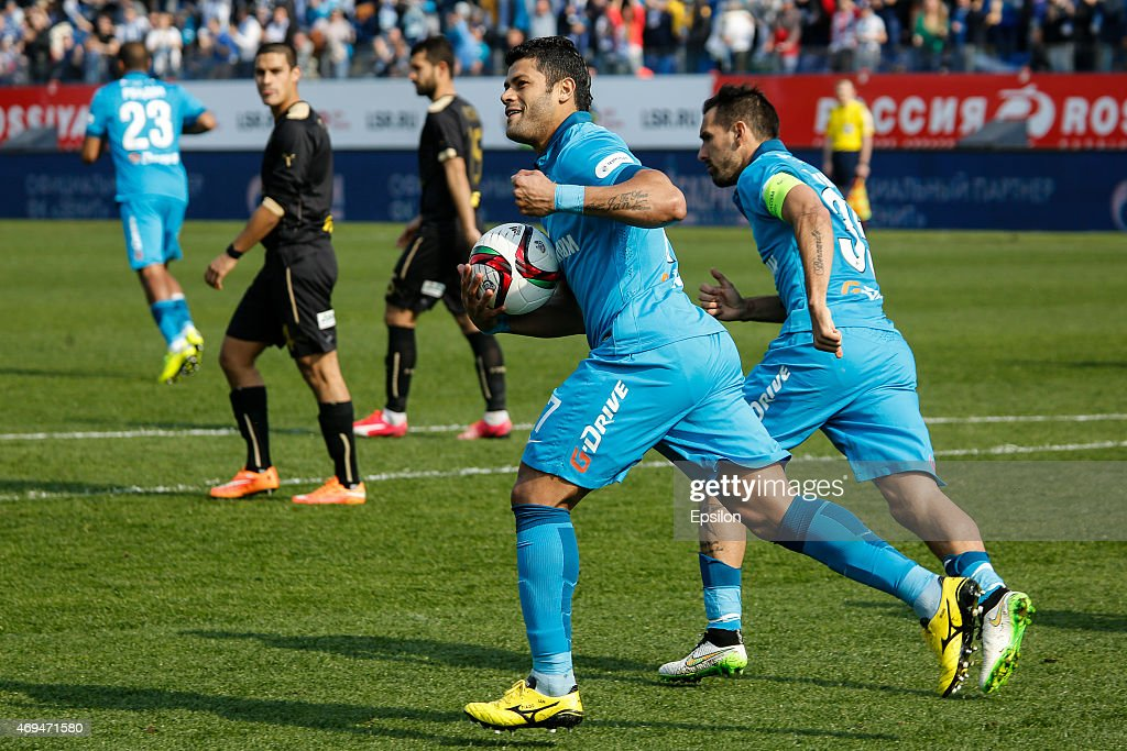 <a gi-track='captionPersonalityLinkClicked' href=/galleries/search?phrase=Hulk+-+Soccer+Player&family=editorial&specificpeople=7359350 ng-click='$event.stopPropagation()'>Hulk</a> of FC Zenit St. Petersburg (C) celebrates his goal during the Russian Football League match between FC Zenit St. Petersburg and FC Rubin Kazan at the Petrovsky stadium on April 12, 2015 in St. Petersburg, Russia.