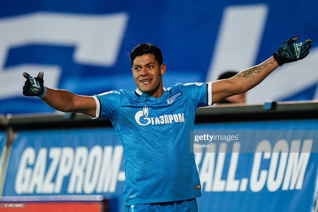 <a gi-track='captionPersonalityLinkClicked' href=/galleries/search?phrase=Hulk+-+Soccer+Player&family=editorial&specificpeople=7359350 ng-click='$event.stopPropagation()'>Hulk</a> of FC Zenit St. Petersburg celebrates his goal during the Russian Football League match between FC Zenit St. Petersburg and PFC CSKA Moscow at Petrovsky stadium on April 3, 2016 in St. Peterburg, Russia.