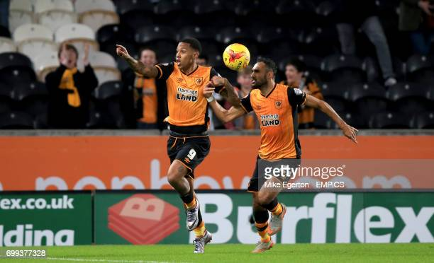 Hull City's Abel Hernandez celebrates scoring his side's first goal of the game with teammate Ahmed Elmohamady
