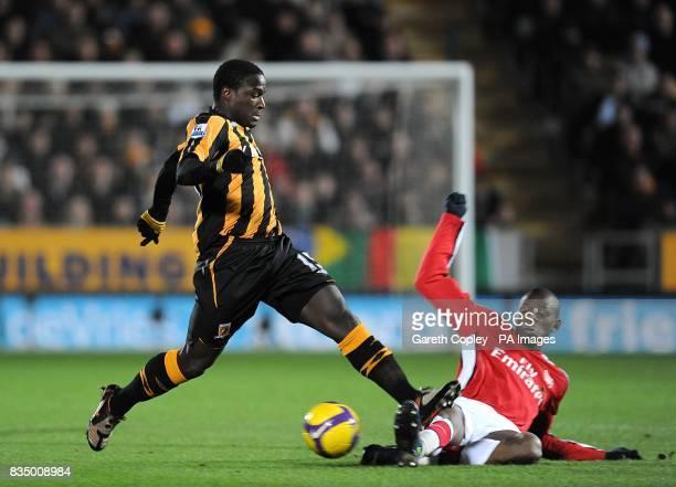 Hull City's Bernard Mendy and Arsenal's Vassiriki Diaby battle for the ball