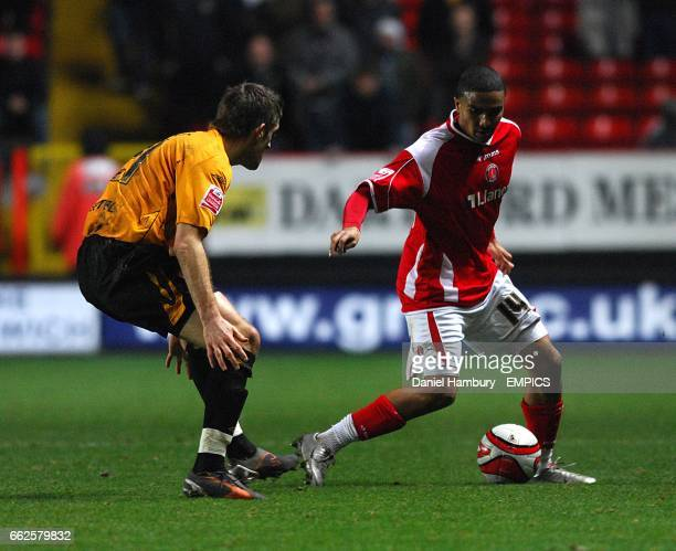 Hull City's Bryan Hughes and Charlton Athletic's Jerome Thomas battle for the ball