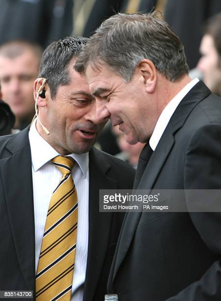 Hull City's manager Phil Brown and Blackburn Rovers' manager Sam Allardyce prior to kick off