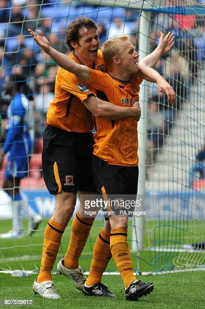 Hull City's Mark Cullen celebrates with teammate Kevin Kilbane after scoring his sides second goal