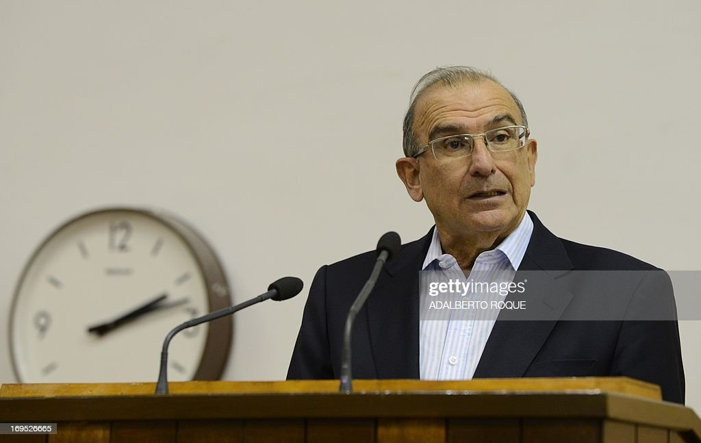 Humberto de la Calle, head of the Colombian government's delegation to the peace talks with the FARC-EP guerrillas, delivers a speech at Convention Palace in Havana, on May 26, 2013, announcing that both delegations arrived to a agreement on the first item of a five-point agenda, land reform. Land distribution was one of the triggers of the decades-old conflict in Colombia.