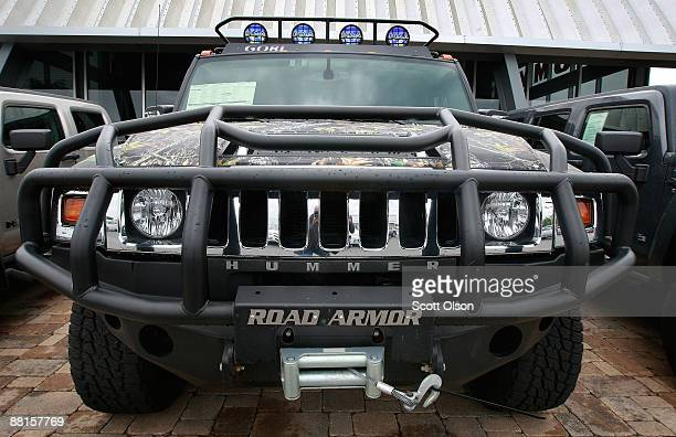 Hummer vehicles are offered for sale at Woodfield Hummer a Hummer and Chevrolet dealerhip June 2 2009 in Schaumburg Illinois According to reports...
