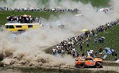 Hummer's driver US Robby Gordon and codriver Johnny Campbell take part in the 2015 Dakar Rally stage 1 between Buenos Aires and Villa Carlos Paz...