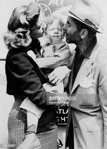 Humphrey Bogart And Lauren Bacall In Family