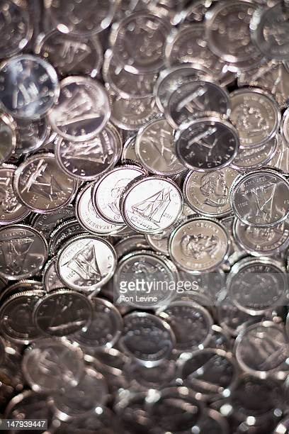 Hundreds of Canadian dimes
