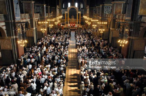 Hundreds of couples at Westminster Cathedral in London renewing their vows at a special mass The service was attended by around 700 couples who have...