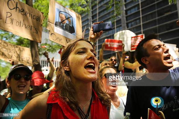 Hundreds of people including many Turkish Americans and members of the Occupy Wall Street movement protest in Zuccotti Park in solidarity with...