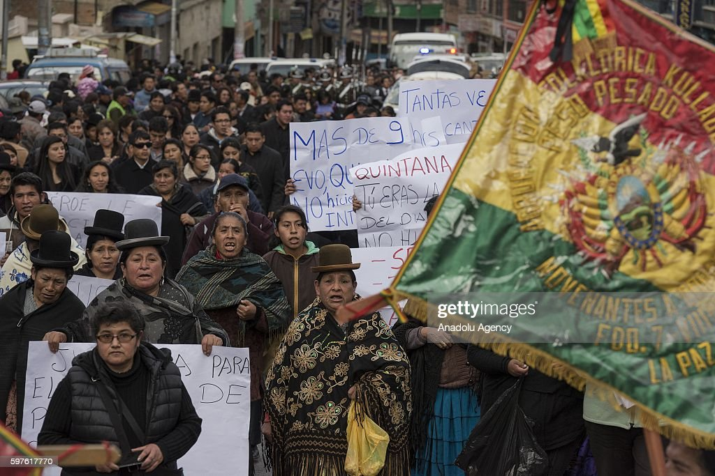 Hundreds of people march demanding justice for Deputy Minister Rodolfo Illanes during his burial in La Paz Bolivia on August 28 2016 Deputy Minister...