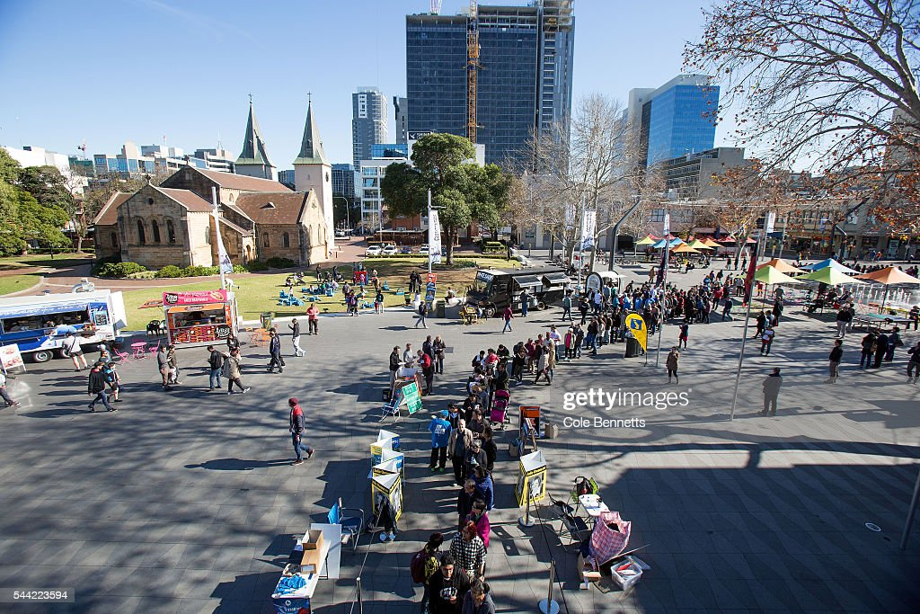Hundreds of voters line up at the Parramatta Town Hall ready to cast their vote, in Parramatta Australia. Voters head to the polls today to elect the 45th parliament of Australia.